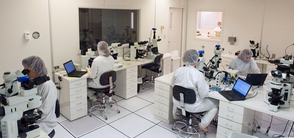 McCrone Associates' analysis began in the ISO Class 5 cleanroom.